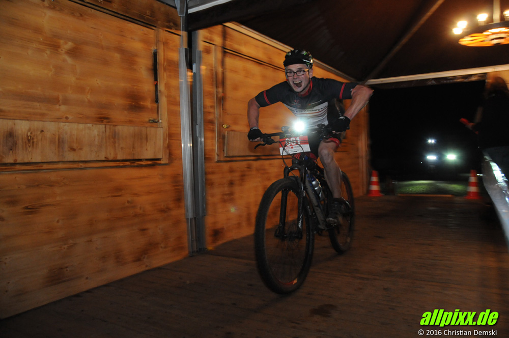 night_on_bike_39.jpg